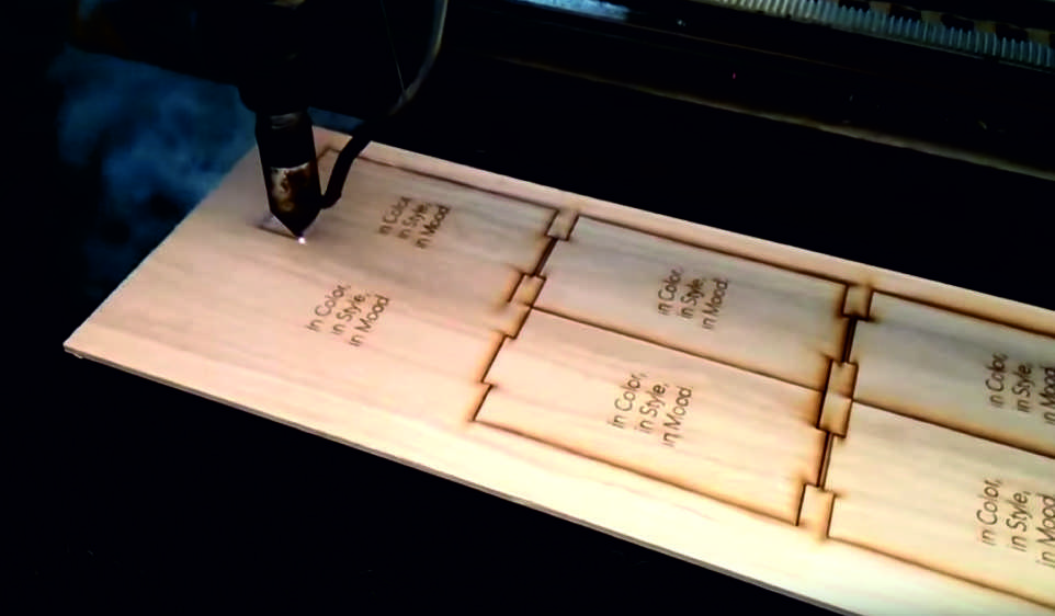 деревянная коробка с гравировкой