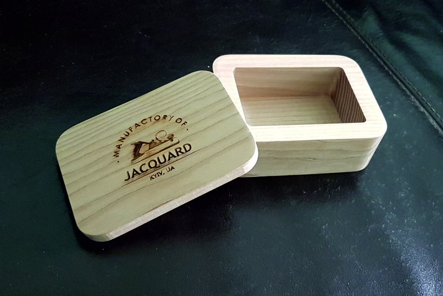 изготовление коробки из дерева